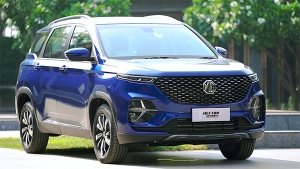 MG Hector Plus Review (First Drive): Driving Around Plus Size