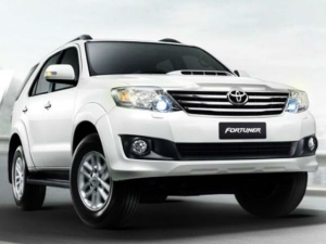 Toyota Launches New Fortuner AT