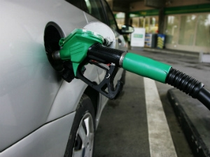 Petrol Price Go Down By Rs 3/Liter