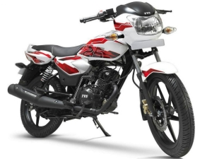 TVS Apache RTR 160 & Phoenix 125 Get New Colour & Graphics
