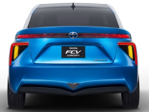 Toyota FCV At CES 2014; Production To Begin In 2015
