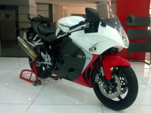 2014 Hyosung GT250R Facelift Leaked