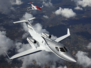 HondaJet, A Flying Beauty - In Pictures