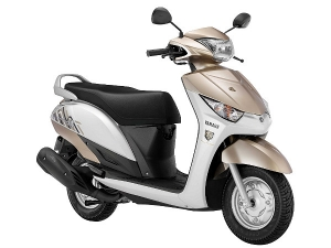 Yamaha India Provides Blue Core Tech & New Colours For Its Scooters