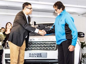 Amitabh Bachchan Takes Delivery Of His New Range Rover Autobiography