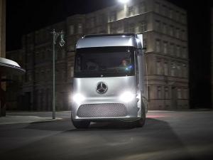 Daimler Reveals Mercedes-Benz Urban eTruck — Advanced Urban Truck Technology