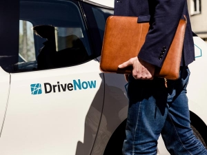Daimler And BMW Aim To Merge Car-Sharing Services