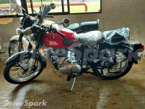 EXCLUSIVE! Leaked Images Reveals 2017 Royal Enfield Motorcycles In New Colours