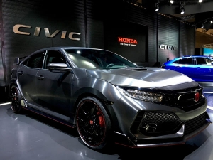 2017 Tokyo Auto Salon: Honda Civic Type R Makes Asian Premiere