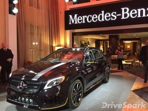 2017 Detroit Auto Show: Mercedes-Benz GLA Facelift Revealed