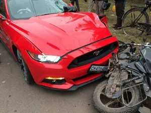 Ford Mustang And Bajaj Discover Crash: Who Didin't See This Coming?