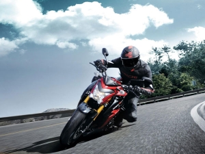 The New Suzuki GSX-S1000 Is Slicker Than Ever And Wants You To Ride Hard