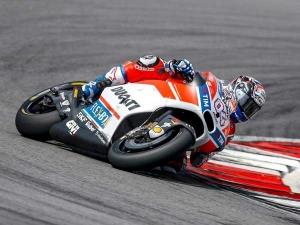 Dovizioso Says Ducati Improvements Are 'Not Enough'