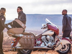 2017 Indian Roadmaster Classic Revealed — Touring Just Got A Whole Lot Cooler