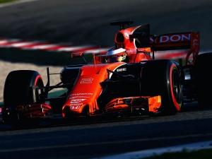 Alonso Accuses Honda Of Making 'Amateur Mistakes' After Pre-season Testing