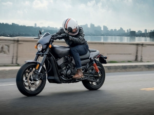Harley-Davidson Unveils The 2017 Street Rod 750 — India Launch Imminent?