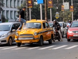 RJ's Zebra Crossing Prank Teaches People To Respect Road Rules