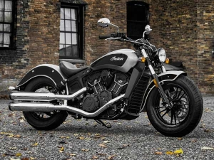 Indian Scout Sixty Gets A New Dual-Tone Paint Job —Time For Some Silver Thunder