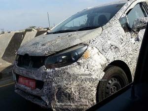 Spy Pics: Mahindra's Innova Rival Spotted Testing