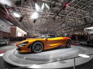 2017 Geneva Motor Show: Menacing McLaren 720S Roars Into Life