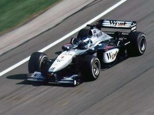 F1 Legend Mika Hakkinen Rejoins McLaren