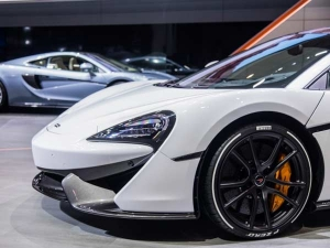 2017 Geneva Motor Show: Pirelli Shows Off Coloured And 'Smart Tyres'