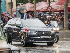New French President's Limo Is A Throwback To Old School Convertible Power