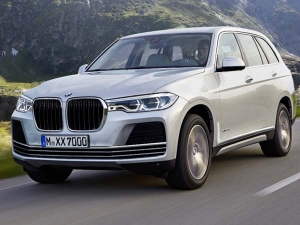 BMW X7 To Be Revealed At Frankfurt Motor Show In September