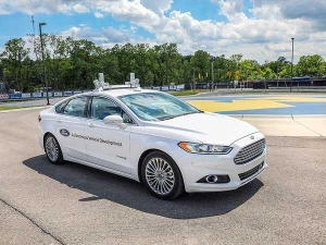 Ford Demonstrates Self-Driving Capabilities Of Fusion