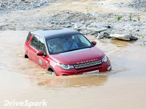 Land Rover Discovery Sport Off-Road Capabilities Explored — Luxury Off-Roading Made Easy