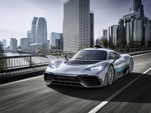 2017 Frankfurt Motor Show: Mercedes-AMG Project One Revealed — F1 Car For The Road?