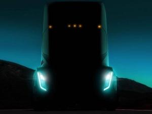 Elon Musk Announces Tesla Semi-Truck Reveal Date