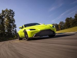 2017 Los Angeles Auto Show: 2018 Aston Martin Vantage Makes Public Debut