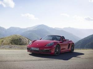 2017 Los Angeles Auto Show: Porsche 718 Boxster GTS Revealed