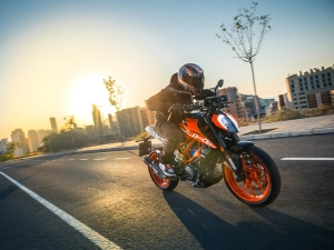 KTM Duke 390 Wins Indian Motorcycle Of The Year (IMOTY) 2018 Award