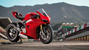 Ducati Panigale V4 Launched in India -  Prices Start At Rs 20.53 Lakh