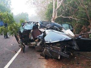BMW 3-Series Sedan Mangled In A Horrific Crash In Odisha
