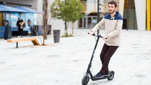 Archos Citee Connect — World's First Android-Powered Electric Scooter