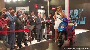 Aprilia SR 125 First Look Review — The 125cc Italian Powerhouse