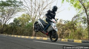 Aprilia SR125: First Ride Review — Sportily Marvellous In The Air