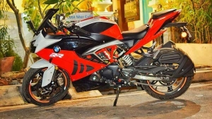 TVS Apache RR 310 In A BMW S1000RR Theme — The First Apache RR 310 Modification In India