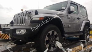 2018 Jeep Wrangler Three And Five-Door SUV Spotted In Mumbai