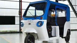 Mahindra Treo Electric Three-Wheeler Showcased; To Offer 'Last Mile Connectivity' Solutions