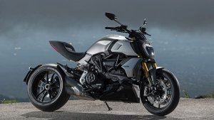 2019 Ducati Diavel 1260 & 1260 S Announced — Faster & Meaner!