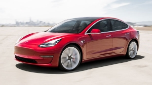 Apple Hires Tesla's Electric Powertrain Boss — Cupertino Car Project Back on Track?