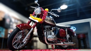 Jawa Owners Cancel Bookings Over Delivery Delays