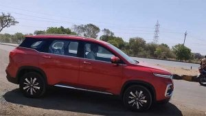 Spy Video: MG Hector Spotted Testing Undisguised Ahead Of Launch