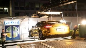 Porsche Panamera Seized By Police Because Of Shiny Golden Wrap