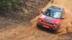 Jeep Compass Trailhawk First Drive Review — The Premium Off-Roader You've Been Waiting For!