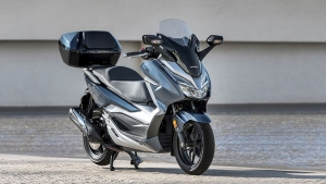 Rs 9 Lakh For A Scooter? Honda Forza 300 Premium Maxi-Scooter To Be Launched In India